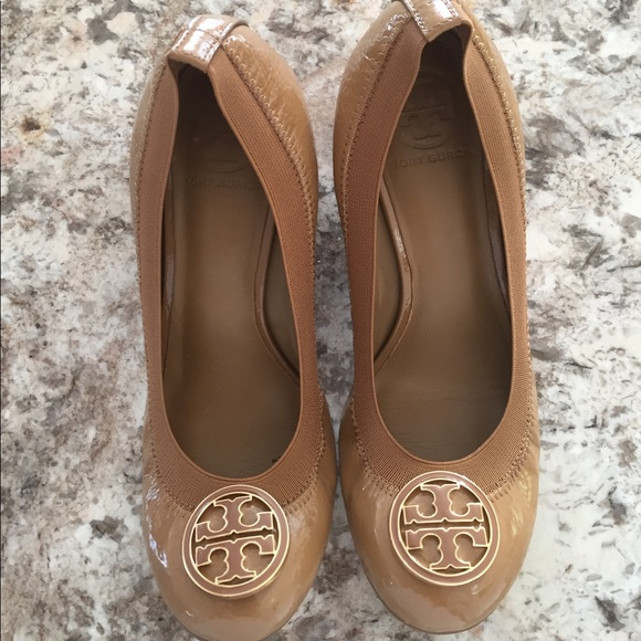 Tory Burch size 7.5 wedge shoes